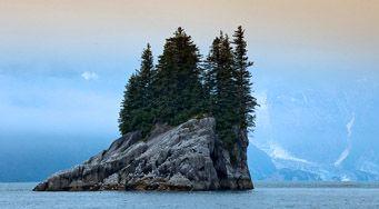 Одинокий остров братских народов