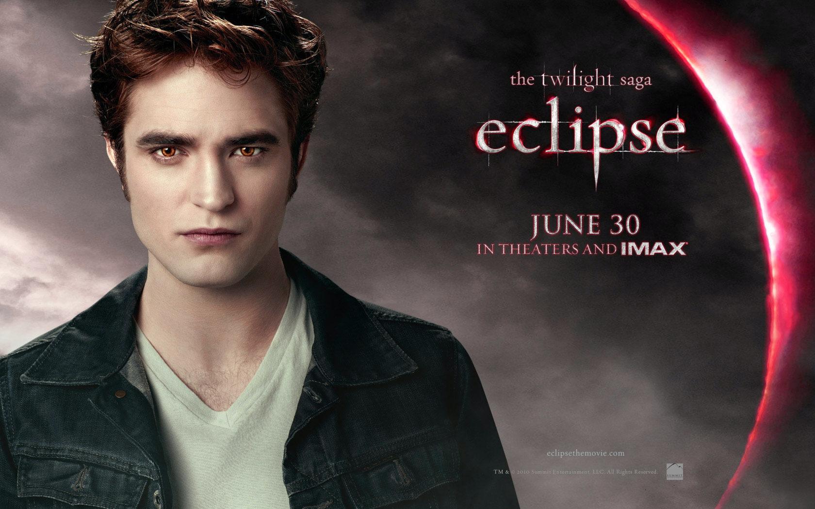 Всё-таки образ и грим эдварда-вампира в сумерках был самый правдоподобный на мой взгляд)) режиссер женщина