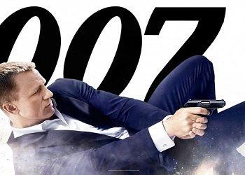 Агент 007 постер