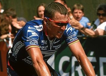 Лэнс Армстронг на велогонке
