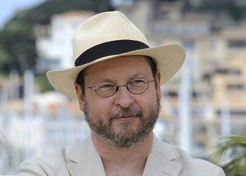 Ларс фон Триер в шляпе