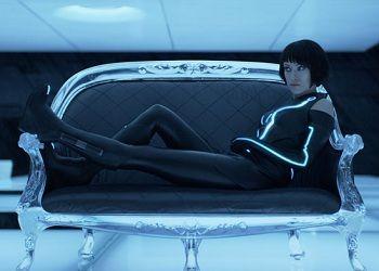 Кадр из фильма Трон