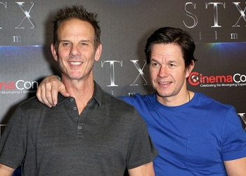 mark_wahlberg_and_peter_berg